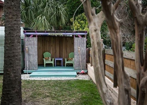 this Tybee Island vacation home comes with a Tiki Hut, too!
