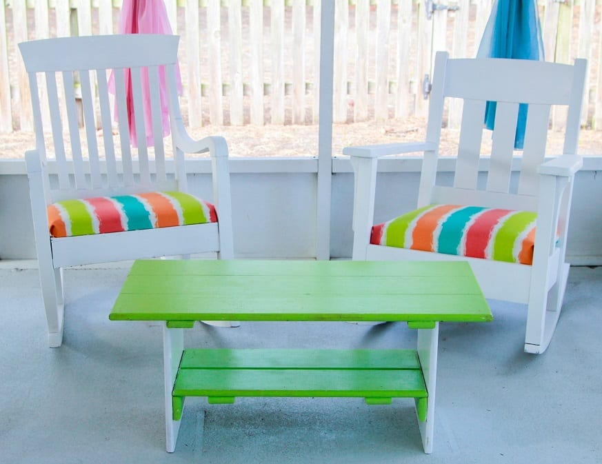 rocking chairs at mimosa cottage mermaid cottages tybee island ga