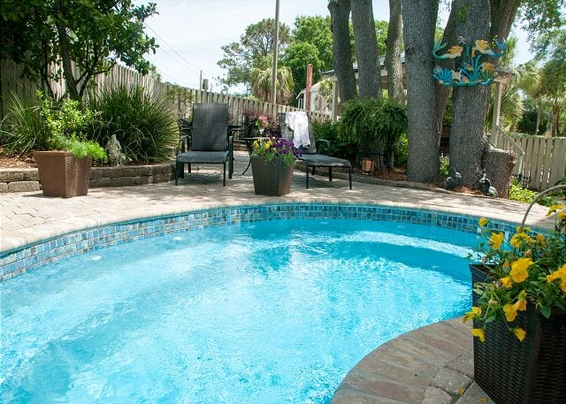 the pool at whispering palms cottage mermaid cottages tybee island ga