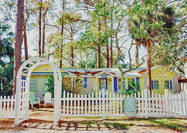 The Tybee Island door at Sandy Toes Cottage
