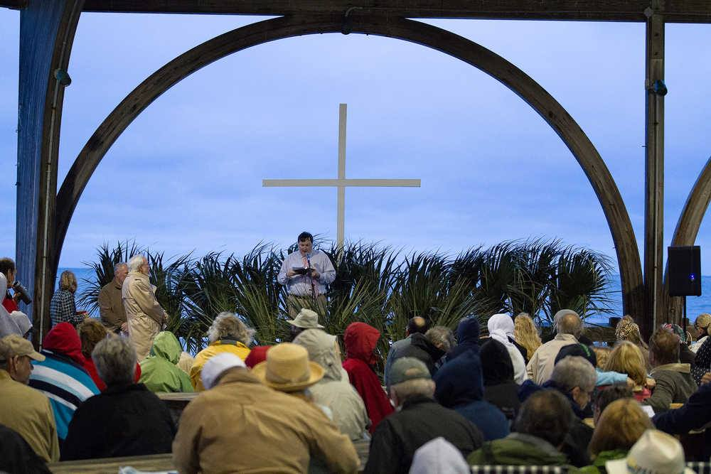 easter sunrise service on tybee island