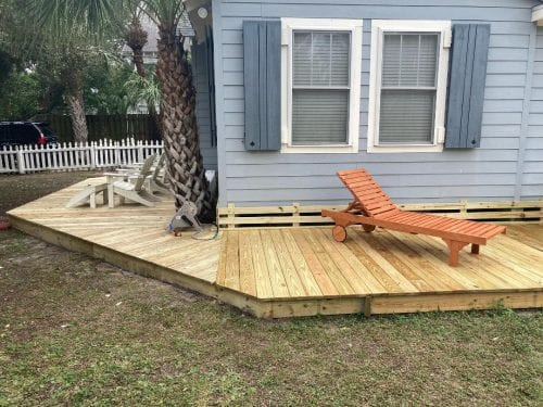 new cottage deck at Blue Heron Cottage