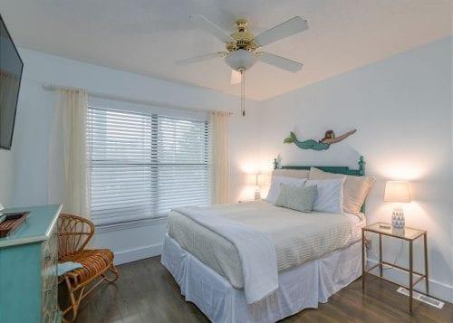 life oaks bedroom