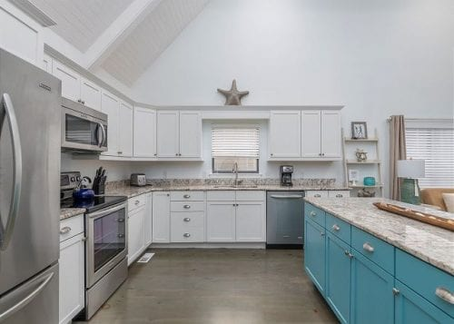 live oaks cottage kitchen
