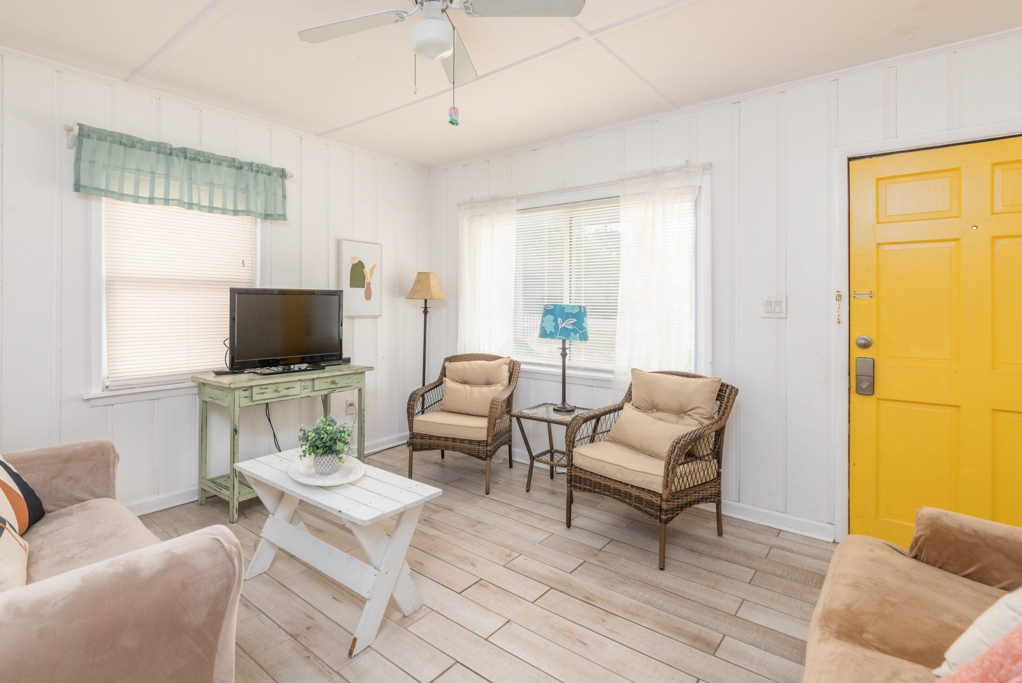 mimosa cottage decor