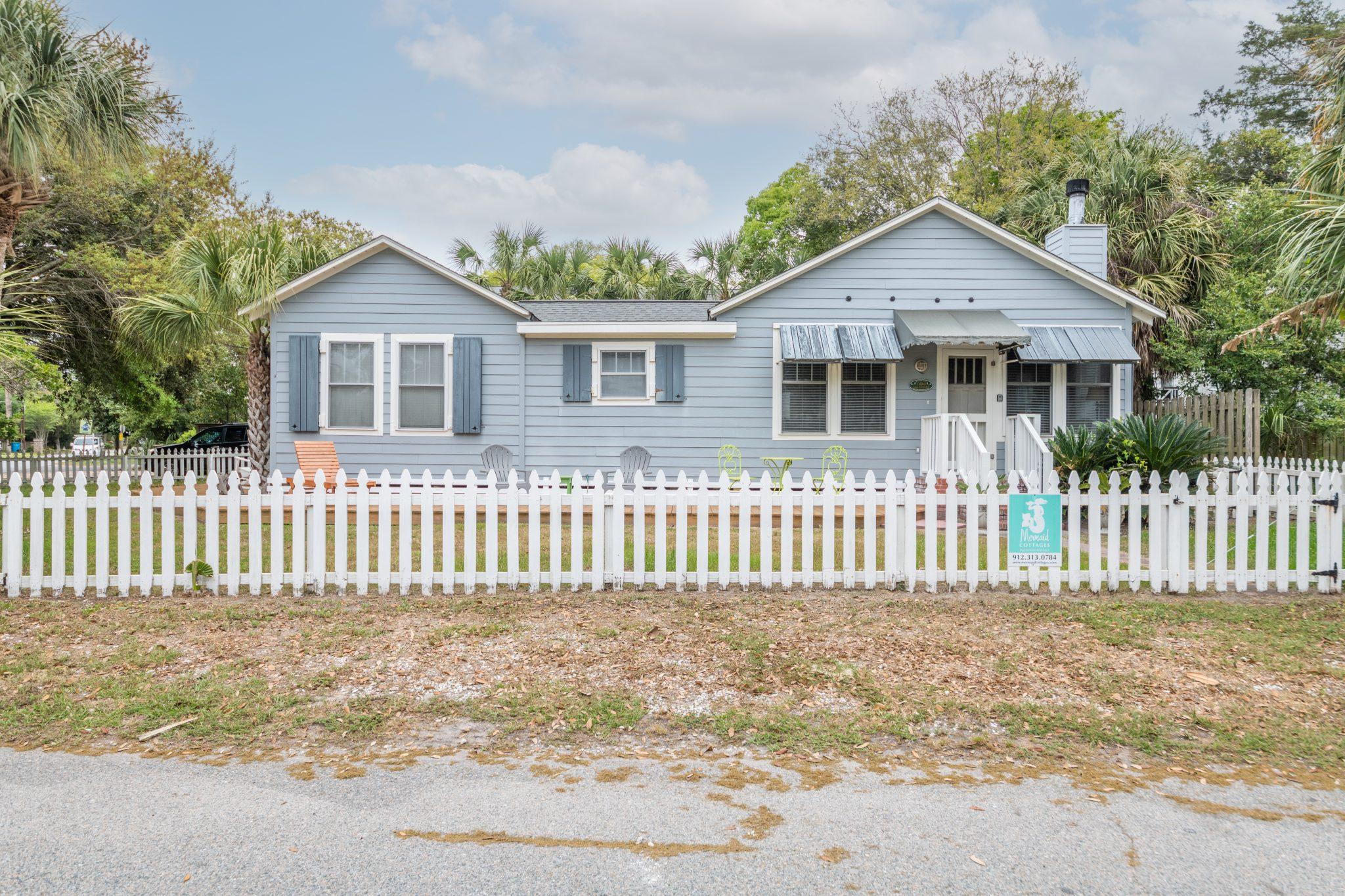 blue heron cottage exterior